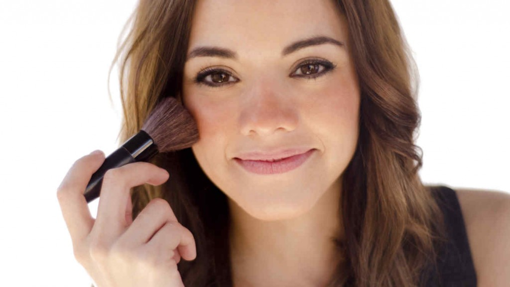 El-mejor-maquillaje-colorete