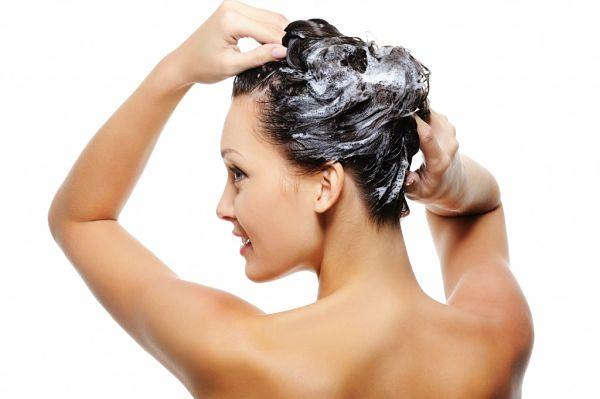 Cómo-cuidarse-el-cabello-lavado-no-muy-seguido_opt