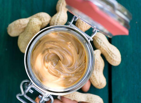7- Batido proteico mantequilla de maní, leche con chocolate y cambur_opt