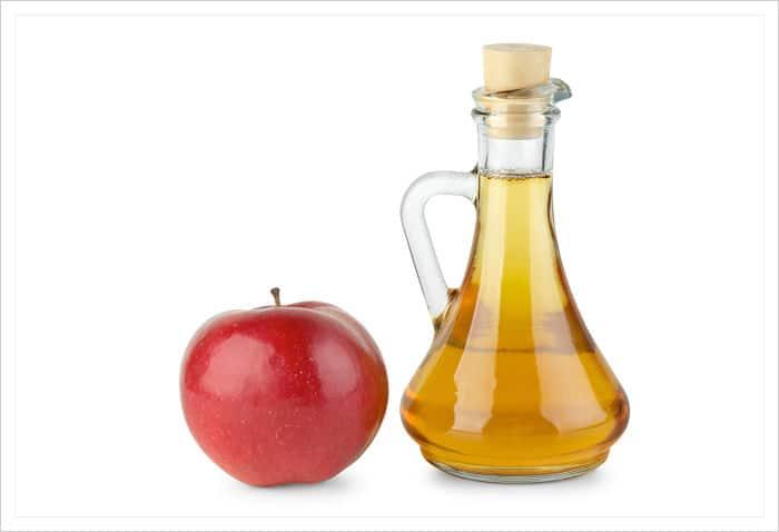 como quitar las espinillas rápidamente con vinagre de manzana