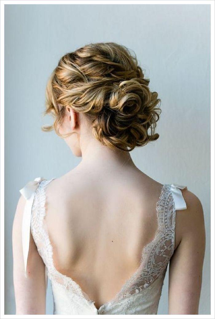 peinados para novias con velo con updo