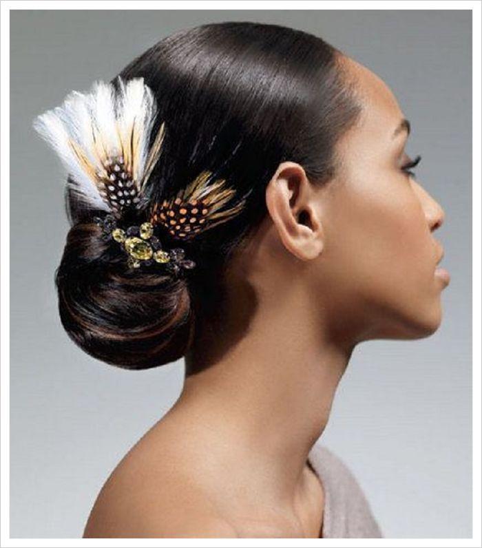 peinados para novias con velo elegante