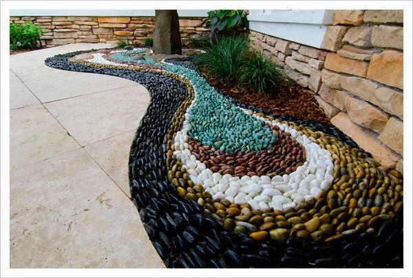 Hermosas opciones de jardines peque os para casas for Modelos de jardines sencillos