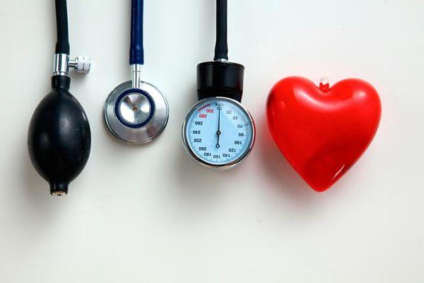 ¡Conoce los valores de tensión arterial altos y sus consecuencias!
