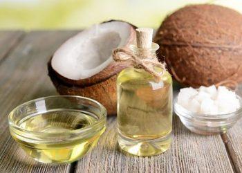 4 maravillosos beneficios del aceite de coco para el cabello