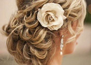 Te regalamos 4 sencillos peinados para novias paso a paso