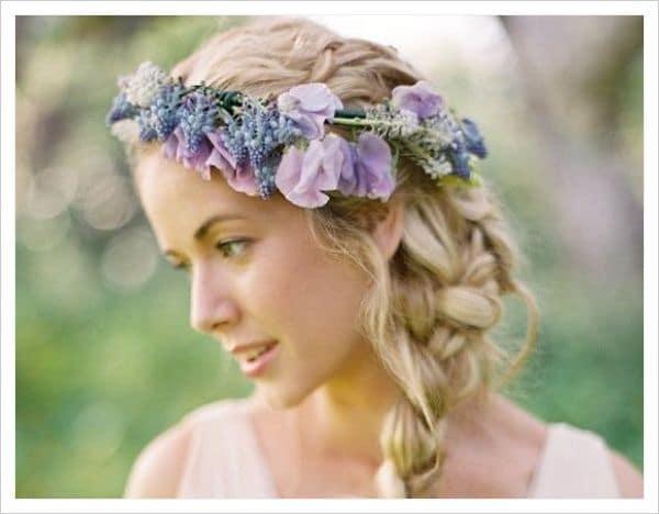 peinados con corona de flores
