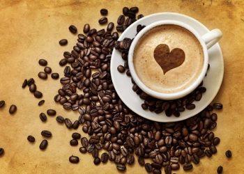 Conoce los beneficios de la cafeína y sus riesgos
