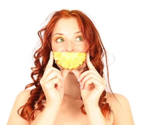 ¿Cómo comer piña y mejorar sus problemas digestivos?